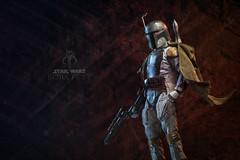 Bounty hunter, Boba Fett. (Andy @ Pang Ket Vui ( shootx2 )) Tags: hot toys 16 scale collectible figure boba fett star wars gun helmet bounty hunter cape