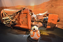Rey Speeder & BB8 at Star Wars Launch Bay in Disneyland (GMLSKIS) Tags: disney california amusementpark anaheim disneyland reyspeeder bb8 starwarslaunchbay