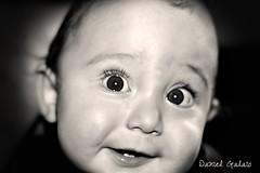Olhar B&W (Daniel Galaio) Tags: light portrait bw baby sun white black cute smile branco kids canon vintage children happy golden back kid haze nikon toddler warm babies child natural bokeh iii warmth preto hour laugh grin 5200 bebe toddlers crianas