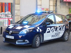 Policía Municipal de Madrid. (061zgz) Tags: madrid cops 911 police aviso emergency 112 092 lawenforcement patrol policia municipal unit policía urgencias policias patrulla policevehicle urgencia policiamunicipal emergencias policíamunicipalmadrid