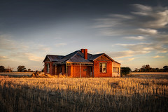 Forgotten but not gone (Andrew Fleming Photography) Tags: sunset ruins australia andrew victoria oldhouse dookie greater rundown shepparton boxwood fleming benalla andrewfleming centralvictoria