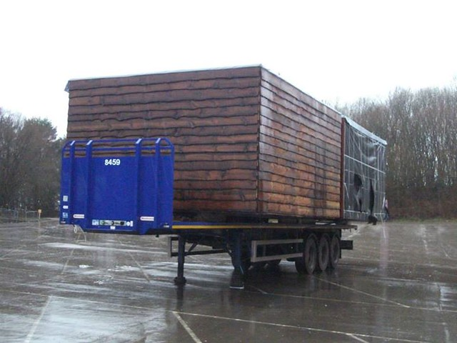 22/02/15 - Another unit waiting to be installed on site, but what could it be?