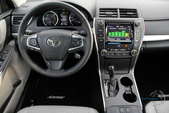 2015 Toyota Camry SE Hybrid (Chris Chavez Photography) Tags: sedan toyota hybrid camry britax camryhybrid camryse thechavezreport chrischavezphotography drivesti familyvehiclereview automotivereview