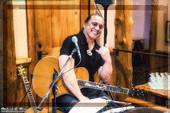 Oregon=Hawaii? Hawaiian Entertainers - Sunriver Resort, Bend (RickDrew) Tags: oregon canon hawaii bill bend guitar or singer hawaiian entertainer mic keale 5dmkiii entaintertainment