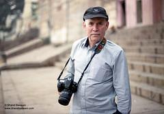 Steve McCurry in Varanasi (Bharat Baswani) Tags: street portrait film photographer varanasi banaras stevemccurry banares nikonfm mccurry
