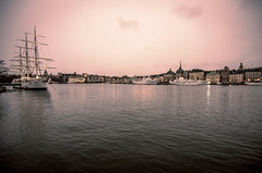 Stockholm sunset (HybridDave) Tags: city travel pink sunset sky lake water beautiful river photography boat nikon europe pretty ship sweden stockholm hybrid bohemian archipelago scandanavia