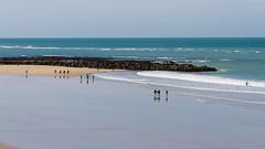 MAREA BAJA (bacasr) Tags: cdiz andalucia espaa spain playa beach mar sea coast costa agua water reflejos reflections arena sand azul blue viajando travelling paseando waking