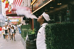 F2450018 (Martynas Katauskas) Tags: ny nyc newyork analog streetphotography portrait candid leicam6 leica m6 35mmfilm carlzeiss manhattan 2016 martynaskatauskas