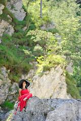 _D3S5087b (Concert Photography and more) Tags: trees red green beauty model nikon rocks outdoor posing carnia modelling reddress nture friuliveneziagiulia outdoorshot d3s effeeffe liveactionhero glagnò chantalparadisi 2016junejulyitalyeffeefferedspirit