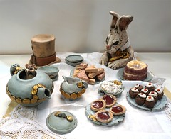"""Mad Hatters Tea Party"" by Brian Woolley (Christine Cox @ potfest) Tags: dinnerforone potfestinthepens penrith cumbria pottersmarket ceramic"