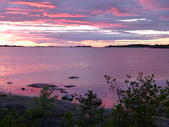 Purple sunset in land (Moqit) Tags: toble archipel finland purple sunset saltvik land aland