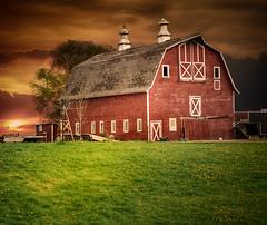 Failing (henryhintermeister) Tags: mankato minnesota barns oldbarns farms countryliving rural nostalgia outdoors pastoral summer clouds farming rainstorms sunsets
