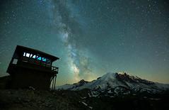 Lookout (Andrew E. Larsen) Tags: mtrainier stars nightphotography mtfremontfirelookout sunrise andrewlarsenphotography papalars
