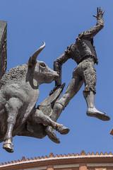 2016/08/15 13h18 Plaza de Toros de Las Ventas (Valry Hugotte) Tags: espagne lasventas madrid plazadetoros plazadetorosdelasventas salamanque spain corrida sculpture statue taureau torero toro comunidaddemadrid