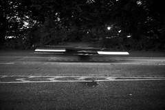 Gegenverkehr (Photoauge.) Tags: 365fotosorg deutschland hamburg schwarzweis blackandwhite bnw unscharf auto de tag311