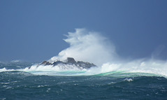 Hitting hard (Arnt Kvinnesland) Tags: coast weather storm gale autumn outdoor seascape nyvingen krehamn rogaland norway hst september uvr kyst kystlandskap