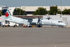 C-GSJZ Toronto Pearson 15 September 2016 (ACW367) Tags: cgsjz dehavillandcanada dhc8q402 dash8 jazzaviation aircanadaexpress toronto pearson