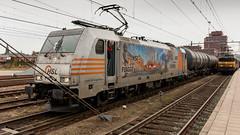 HSL E186-181 awaiting it's departure (Nicky Boogaard) Tags: ns dutchrailways railroad icmm 2205 bombardier traxx e186 hsllogisitcs cargo alstom 1700 thalys pba berlin amersfoort rotterdam railway rail