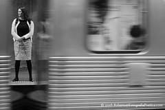 So Paulo, 2016. Metr / Metro /  / U-Bahn / Mtro /  /  / Subway. (roberto.historia) Tags: sopaulo saopaulo brasil brazil metr subway fotografiapoeticacom fotografiaderua streetphotography pretoebranco blackandwhite person pessoa mulher woman trem train estaorepblica repblicastation