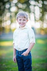 DSC_3770 (CEGPhotography) Tags: portraits family familyportraits fall autumn cegphotography sons father children kids nikon nikond810 nikonphotography d810 outdoor smiles