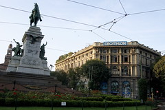 DSC01399 (nowzarhedayati) Tags: italy milan italia milano piazzacairoli