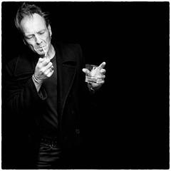 Whisky breakfast (Martin Hogeboom | FOTOGRAAF) Tags: studio zwart ringlight whiskybreakfast edgarfrancken