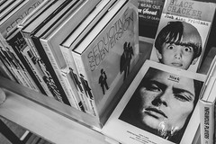 AMV 16 (Thinh Ly) Tags: street nyc newyorkcity blackandwhite bw newyork faces streetphotography books olympus images covers zuiko 17mm m43 microfourthirds mzuiko epm1