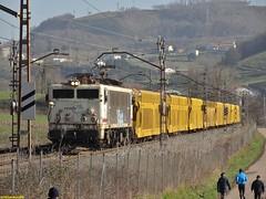 269 (firedmanager) Tags: train tren imperial locomotive caf mitsubishi locomotora renfe trena 269 railtransport renfeoperadora semat portacoches renfemercancías