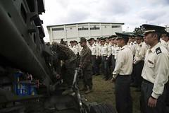 JOEP builds understanding between U.S. Marines, JSDF Officer Candidates (Okinawa Marines) Tags: japan usmc jp artillery okinawa marines ocs forklift joep unitedstatesmarinecorps howitzer lcpl jgsdf camphansen staticdisplay 3rdbattalion officercandidateschool 3rdmarinedivision japangroundselfdefenseforce iiimef lancecpl iiimarineexpeditionaryforce 12thmarines m777a2howitzer japanobserverexchangeprogram