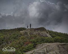The Cloud Photograph (photoMakak) Tags: usa clouds canon hiking newengland newhampshire whitemountains nh summit nuages canonef1740mmf4lusm 6d randonne sommet peakbagging northtwin southtwin nouvelleangleterre nh48 ne111 canon6d ne100 ne4000 ne67 photomakak