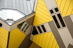 I feel yellow  (michael_hamburg69) Tags: rotterdam niederlande netherlands sdholland holland southholland kubuswoningen kubushouses kubus house yellow gelb architekt architect pietblom 1984 kubushaus