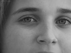 Anaïs regard (bleumarie (absente)) Tags: été été2016 mariebousquet 2016 bleumarie fuji pyrénéesorientales roussillon saintemarie suddelafrance méditerranée portrait sourire regard jeunefille douceur yeux photodemariebousquet mariebousquetphoto catalogne adolescente sépia yeuxclairs regarddoux regardclair nez sourcil