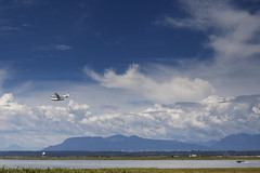 Sea to Sky (Xiao-Bu) Tags: sea floatplane canon5dmarkii ef35mmf14lusm richmondbc