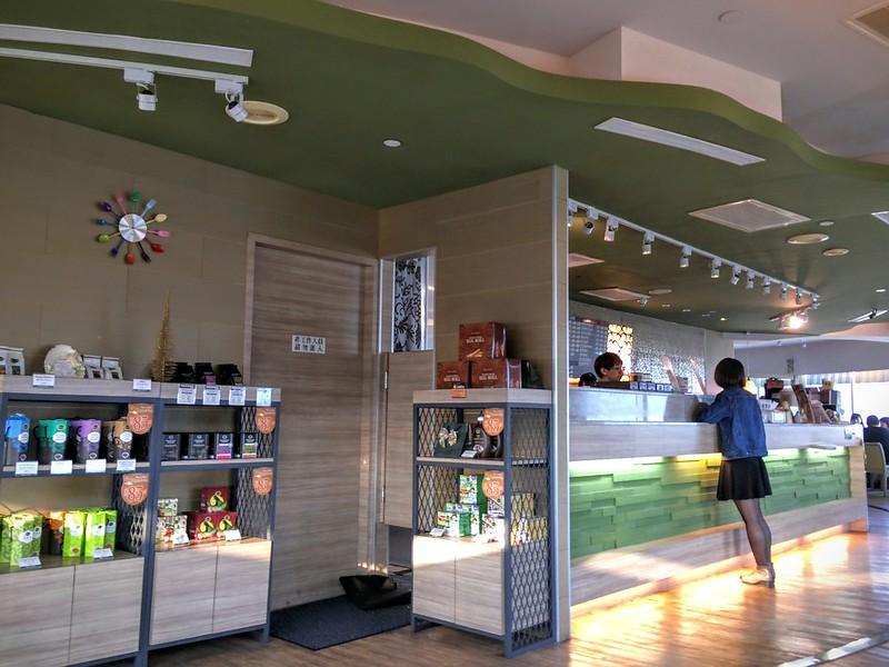 丹堤咖啡櫃台