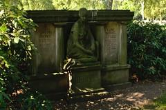 Stadtfriedhof Stcken 032 (michael.schoof) Tags: hannover friedhof grabmal