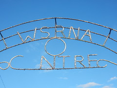 Missing Centre (mikecogh) Tags: apia samoa arch sign letters missing metal wsrna