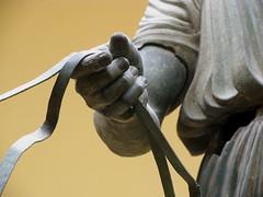 Suitset (Em Why) Tags: delphi h bigmomma charioteer delfoi vaununajaja