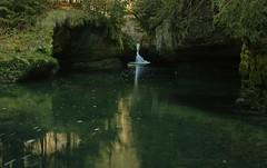 Passage canyon en amont du Saut des Maillys, vers Conte , Jura (Guy Decreuse 25) Tags: jura gorge karst cascade source saine saut grotte marmite ain lemme syam moulinet champagnole billaude tufire maillys