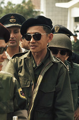 SAIGON 1965 - Thiu tng Lm Vn Pht. Photo by Wilbur E. Garrett (manhhai) Tags: people color men up vertical army outdoors photography war uniform day vietnamese adult image five military vietnam waist mature only british appearance ethnicity caucasian discussing