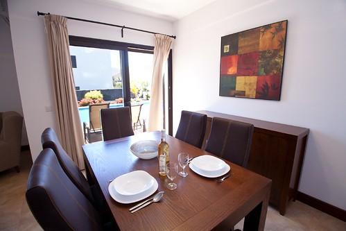 Villas Yaiza Comedor Vista Piscina HR