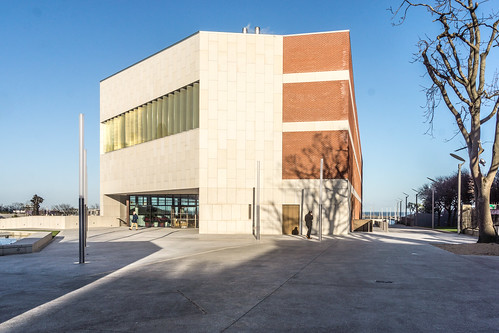 New Public Library In Dun Laoghaire, Officially Called DLR Lexicon Opened To The Public Today And It Is Worth Visiting Ref-100609