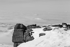 Fog Bound (RD400e) Tags: winter mist snow canon walking eos is derbyshire kinder edge mk2 5d usm ef peakdistrictnationalpark f4l 24105mm