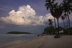 Puffy (Vamshi Krishna S) Tags: thailand kohsamui chawenf chawengbeach sunset clouds