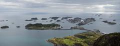 Blick auf Henningsvaer (webalpen) Tags: europa lofoten nornorwegen nordnorwegennordnorge