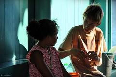 Interrogations (nathaliedunaigre) Tags: boy colors girl childhood kids contrast portraits child couleurs colored enfants fille color contrastes enfance graon