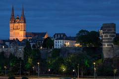 Le chateau et la cathdrale (gribsy) Tags: angers night nuit ville lumire ambiance cit