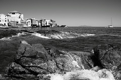 Erbalunga (PLP Playing with Light is Photo) Tags: sea boat tower port corse vague blackwhite village pcheurs