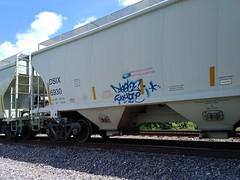 DEYGOE (Chicago City Limits) Tags: freight train graffiti benching freights deygoe deygoetag