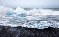 Icy wave (loddeur) Tags: ijsland jokulsarlon iceland ice sea ijsschots longexposure filter nd8 zee coast black sand wave splash seascape