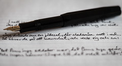 I natt jag drmde (MagnusBengtsson) Tags: papper penna rad stilleben text fs161016 fotosondag
